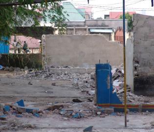 Le Premier ministre Matata Ponyo a décidé de nettoyer Kinshasa de fond.